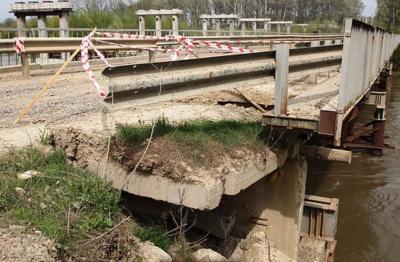 Пошкоджений на Буковині тимчасовий міст відновлять за декілька днів