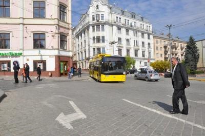 У Чернівцях нові тролейбуси з автономним ходом здійснили перший рейс до Садгори