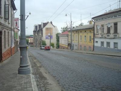 У мерії Чернівців повідомили, коли почнуть ремонтувати вулицю Гагаріна