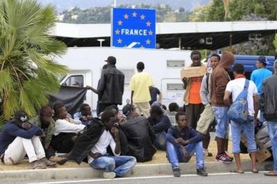 Франція збирається ввести більш жорсткі правила для біженців