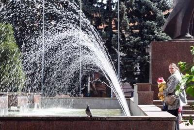 Каспрук розповів, коли на площах Чернівців запрацюють фонтани