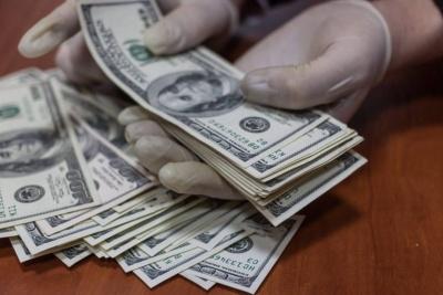 У Чернівцях суд оштрафував адвоката, що вимагав хабар 6 тис доларів
