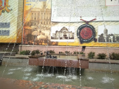 У Чернівцях запрацювали фонтани, але не всі