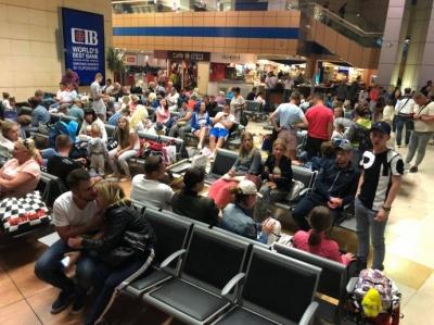 Понад 200 українських туристів не можуть повернутися з Єгипту