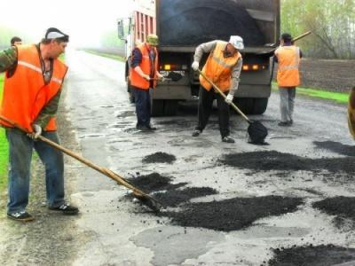 В Україні хочуть відмовитися від ямковго ремонту доріг
