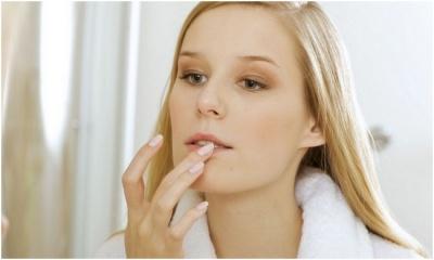 Про які проблеми зі здоров'ям розкажуть ваші губи