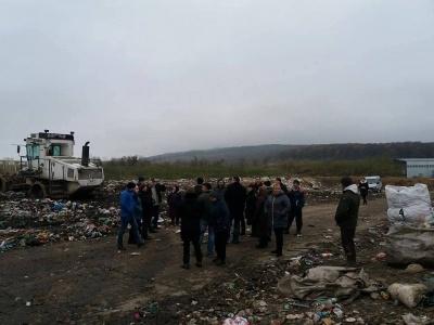 Чернівецька міськрада має намір покращити екоситуацію в районі сміттєзвалища у Чорнівці