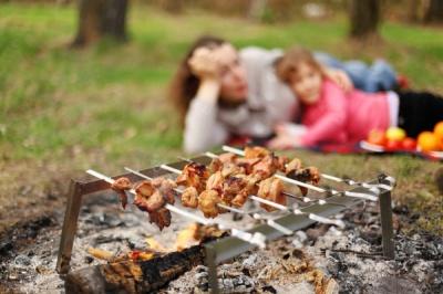 Сезон шашликів: стало відомо, де у Чернівцях дозволено смажити м'ясо