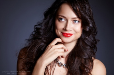 Невідомі сильно побили російську акторку Самбурську