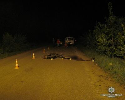 У Чернівецькій області загинув юний мотоцикліст, врізавшись у тракторний причеп