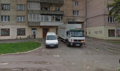 У Чернівцях за міжнародні кошти хочуть облаштувати територію біля бібліотеки на Калічанці