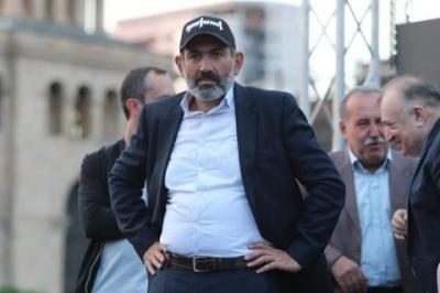 У Вірменії лідера протестів Пашиняна знову висунули на посаду прем'єра