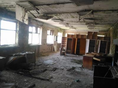 Прип'ять по-чернівецьки: у мережі показали розвалини колишнього заводу «Кварц» (ФОТО)