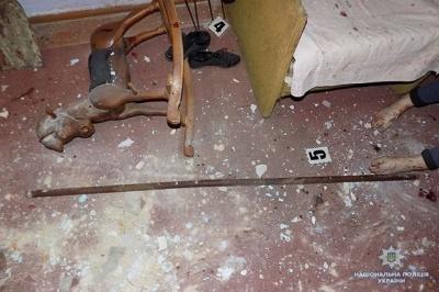 На Тернопільщині 19-річна дівчина вбила ровесницю вилами