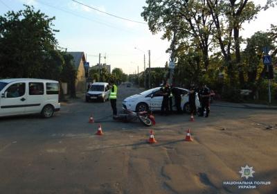 Струс мозку й перелом: на Буковині авто збило юну дівчину на велосипеді