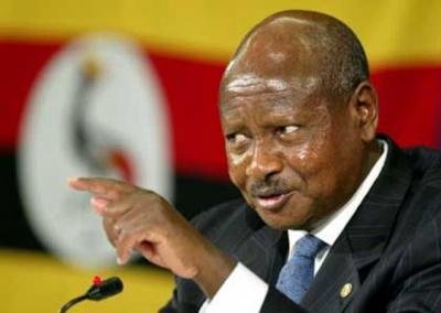 """""""Рот - для їжі"""": президент Уганди хоче заборонити оральний секс"""