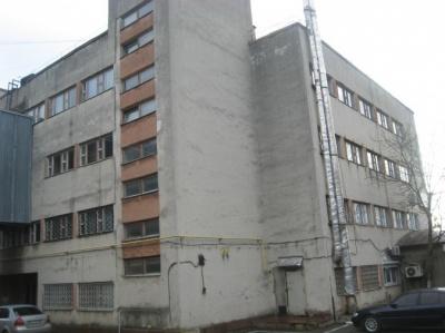 Їдальня, лазня і завод: які будівлі влада хоче продати у Чернівецькій області