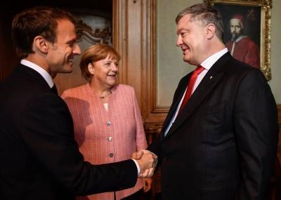 Порошенко: Франція та Німеччина підтримують введення миротворців на Донбас