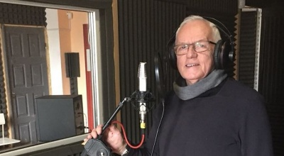 «Називали Івом Монтаном»: викладач ЧНУ записує диск із французькими піснями