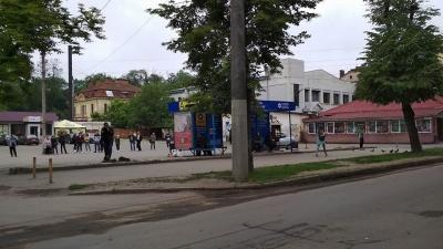 Страйк перевізників: на вулицях Чернівців побільшало тролейбусів - фото