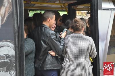 Чернівці без маршруток: як добиратись на роботу під час транспортної кризи