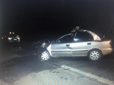На Буковині у ДТП загинув водій легковика, який врізався у трактор - фото