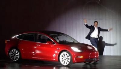 Ілон Маск розповів якою буде Tesla Model 3
