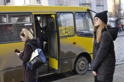 Центр Чернівців може залишитися без маршруток, - Каспрук