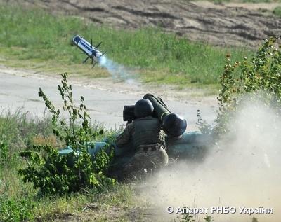 Військові протестували американський Javelin та українську «Стугну»