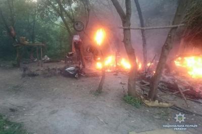 Поблизу Тернополя невідомі з битами напали на табір ромів