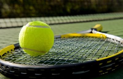 У відкритому чемпіонаті Чернівців з тенісу взяли участь 80 спортсменів
