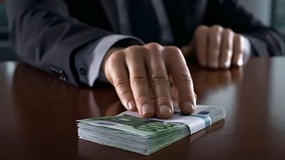На Буковині чиновника судитимуть за хабар