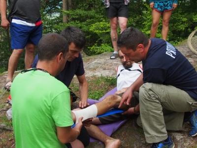 В горах на Буковині турист упав зі скелі