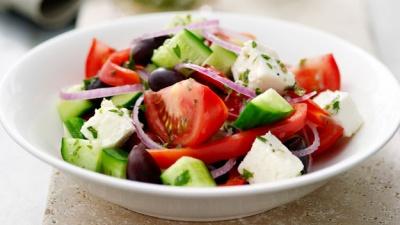 5 рецептів найпростіших салатів, які корисно їсти на ніч