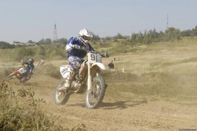Мотогонщик із Чернівців відзначився на першому етапі чемпіонату України