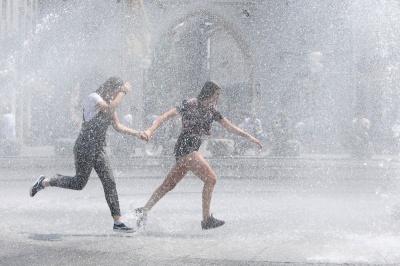 З'явився прогноз погоди на літо від народного синоптика