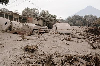 У Гватемалі 109 осіб загинули внаслідок виверження вулкану