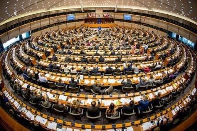 Європарламент схвалив надання Україні мільярдної допомоги