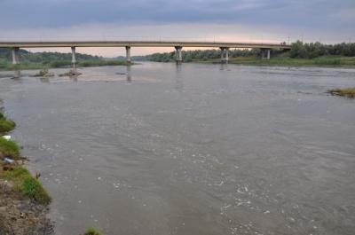 Фахівці розповіли, чи загрожує Буковині повінь через сильні дощі