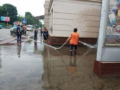 Затоплений вокзал: Каспрук пояснив, куди поділись гроші на протипаводкові роботи