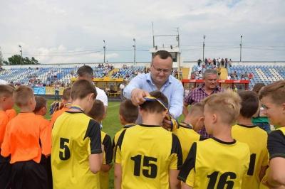 Мер Чернівців заявив, що бойкотує чемпіонат світу з футболу