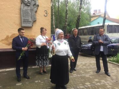 «Мав гарне почуття гумору»: у Чернівцях вшанували пам'ять кіномитця Івана Миколайчука