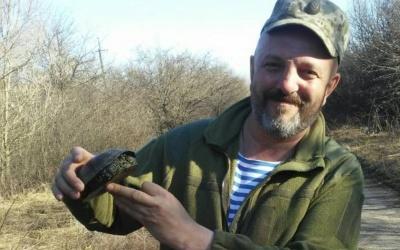 «Тиша більше напружує, ніж стрілянина»: неймовірна історія про фельдшера з Буковини, який зірвав атаку терористів