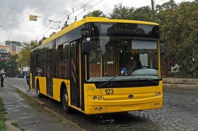По Південно-Кільцевій у Чернівцях курсуватимуть тролейбуси з автономним ходом