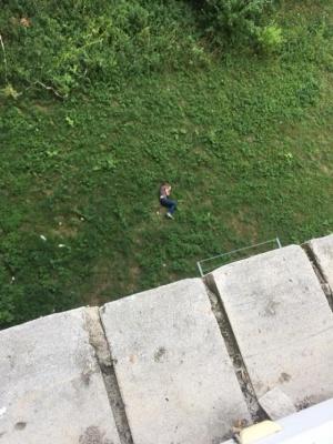 У Луцьку чоловік після сварки з сусідкою, стрибнув з 6-го поверху