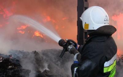 На Буковині під час приготування їжі загорілась будівля
