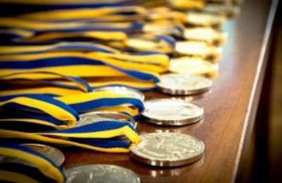 Стало відомо, скільки випускників з Чернівців отримають медалі