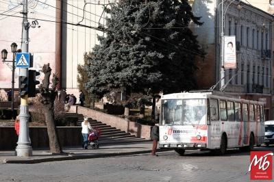 Зміна руху маршруток: у Чернівцях збільшиться кількість тролейбусів на рейсах