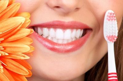 Топ-7 найбільш шкідливих продуктів для зубів