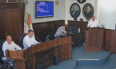 Напрацювалися: у Чернівцях міськрада оголосила перерву в роботі сесії до 26 червня
